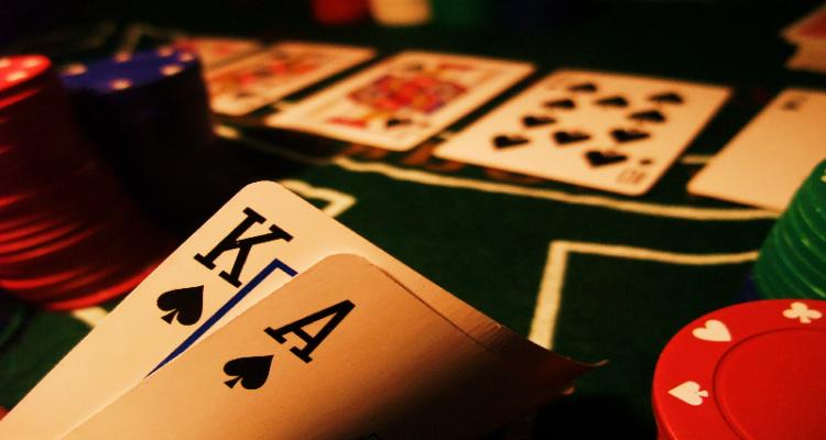 Tips Menang Bermain Poker Uang Asli